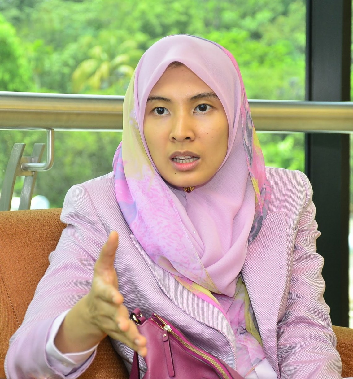 Image Result For Nurul Izzah